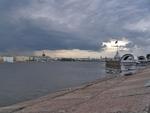 Вид на Неву со стены Петропавловской крепости