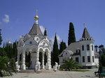 Храм Михаила-Архангела,павильон со святой водой.