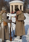 Два солдата